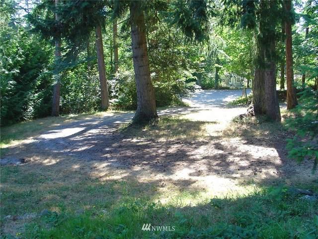 1404 Abbey Lane, Camano Island, WA 98282 (#1814351) :: Franklin Home Team
