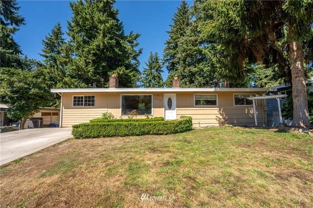 1519 143rd Avenue SE, Bellevue, WA 98007 (#1814525) :: Keller Williams Realty