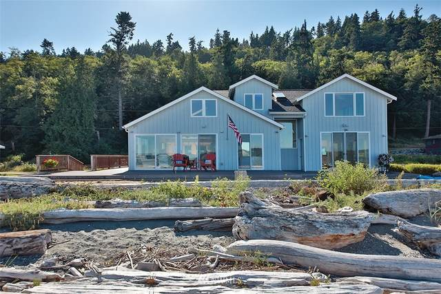 8240 Possession Road, Clinton, WA 98236 (#1814702) :: Ben Kinney Real Estate Team