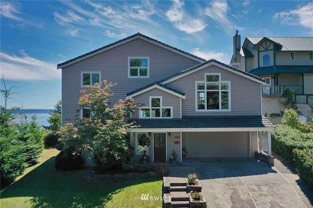 3702 Whales Tail Lane, Clinton, WA 98236 (#1814726) :: Stan Giske
