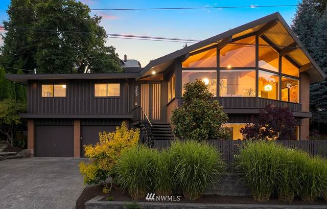 3257 26th Avenue W, Seattle, WA 98199 (#1814888) :: The Kendra Todd Group at Keller Williams