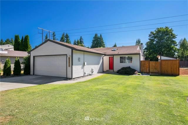 13626 135th Avenue NE, Kirkland, WA 98034 (#1815009) :: Shook Home Group