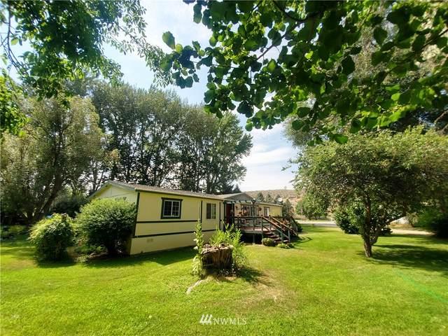 4 Quail Drive, Omak, WA 98841 (#1815086) :: Simmi Real Estate