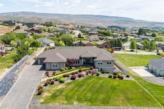 3775 Viewmont Drive, Wenatchee, WA 98801 (#1815259) :: The Kendra Todd Group at Keller Williams