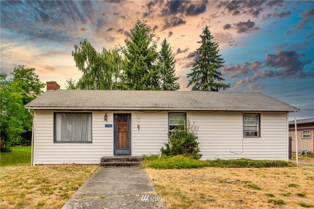 144 SW 184th Street, Normandy Park, WA 98166 (#1815547) :: Lucas Pinto Real Estate Group