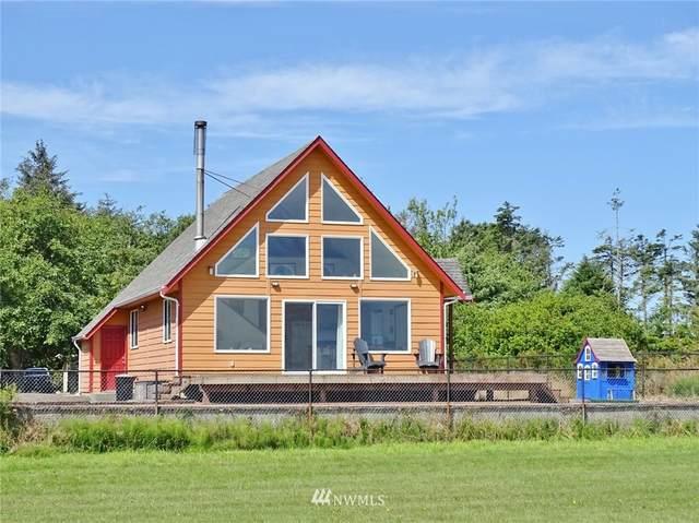 442 Olympic View Avenue NE, Ocean Shores, WA 98569 (#1816049) :: Ben Kinney Real Estate Team