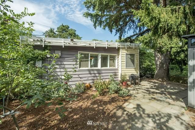 1207 S Trenton Street, Seattle, WA 98108 (#1816301) :: Stan Giske