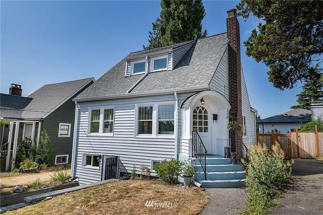 118 NE 85th Street, Seattle, WA 98115 (#1816442) :: Ben Kinney Real Estate Team
