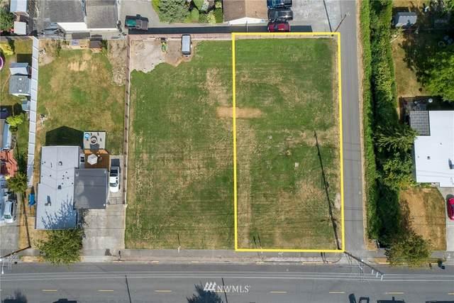 921 9th Street SW, Puyallup, WA 98371 (#1816693) :: Pickett Street Properties