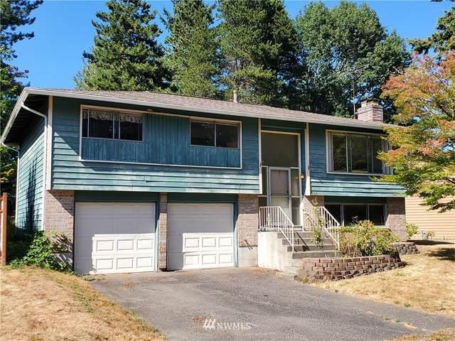 4304 NE 17th Street, Renton, WA 98059 (#1816744) :: Ben Kinney Real Estate Team