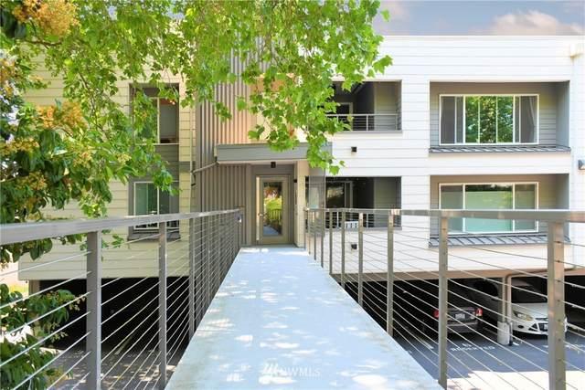 3609 14th Avenue W #205, Seattle, WA 98119 (#1817022) :: Better Properties Real Estate