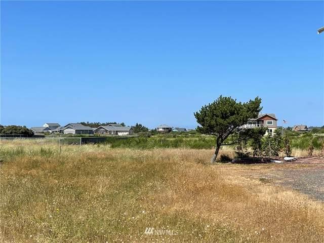 1474 Ocean Crest Avenue SW, Ocean Shores, WA 98569 (#1817267) :: Ben Kinney Real Estate Team