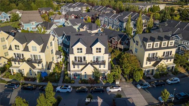 1958 18th Avenue NE 51B, Issaquah, WA 98029 (#1817415) :: Ben Kinney Real Estate Team