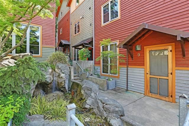 3824 Evanston Avenue N #8, Seattle, WA 98103 (#1817470) :: The Robinett Group