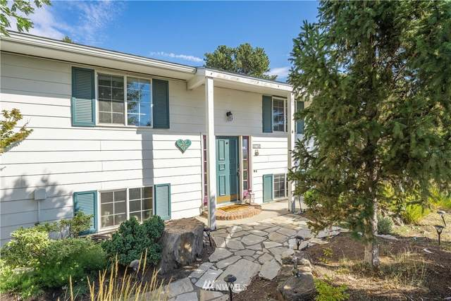 817 W Golf Course Dr, Chelan, WA 98816 (#1817522) :: The Kendra Todd Group at Keller Williams