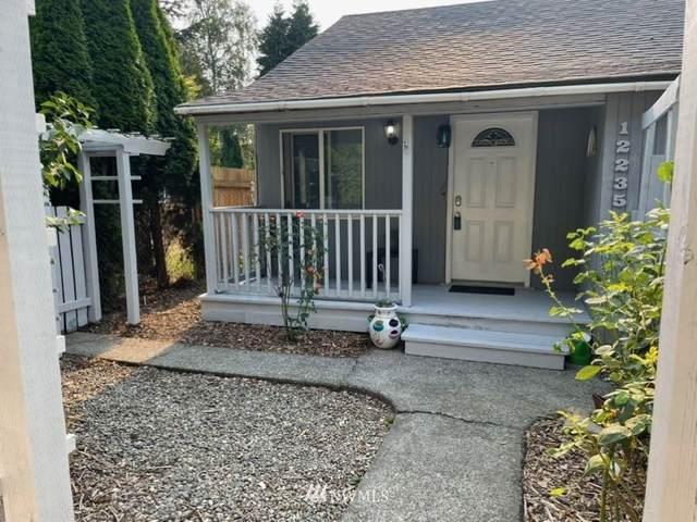 12235 44th Avenue S, Tukwila, WA 98178 (#1817627) :: Ben Kinney Real Estate Team