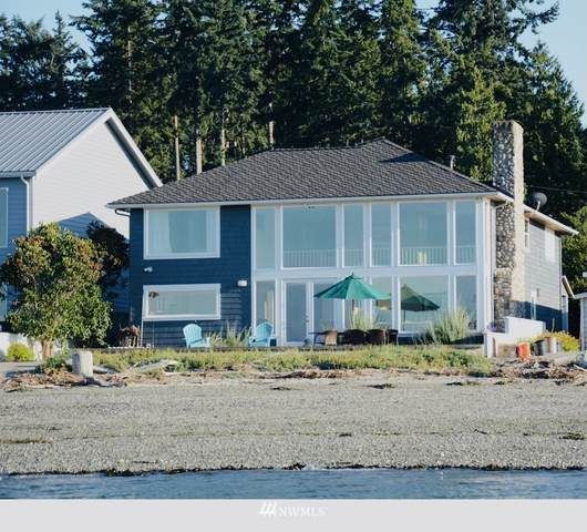 339 Arrowhead Beach Road, Camano Island, WA 98282 (#1817717) :: Stan Giske