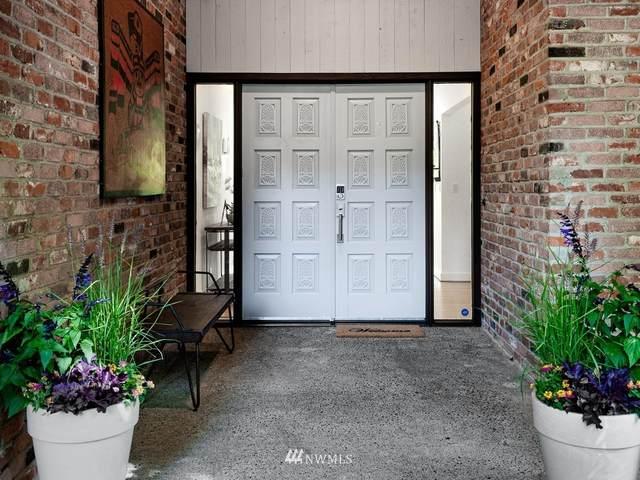 7950 NE Koura Road, Bainbridge Island, WA 98110 (#1817828) :: Better Properties Real Estate