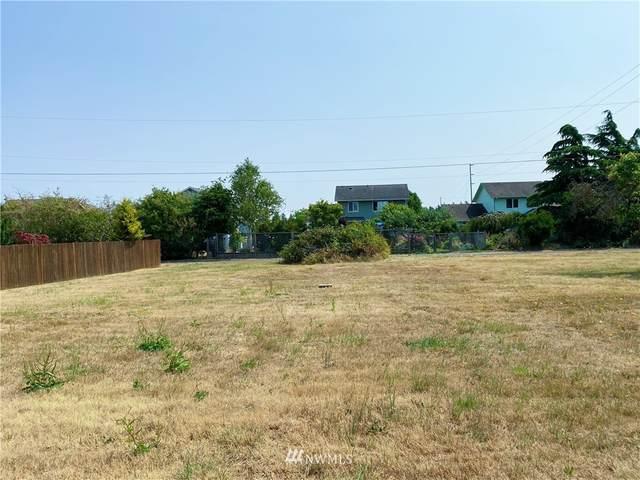 4018 N Avenue, Anacortes, WA 98221 (#1817940) :: Ben Kinney Real Estate Team
