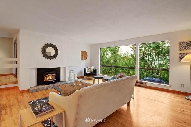 2500 W Manor Place #116, Seattle, WA 98199 (#1818486) :: M4 Real Estate Group