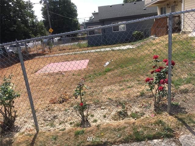 7801 Rainier Avenue S, Seattle, WA 98118 (#1818526) :: Stan Giske