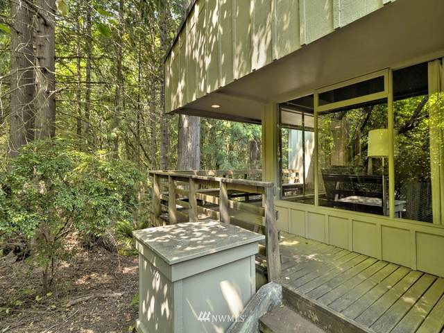703 E Pointes Drive W, Shelton, WA 98584 (#1818566) :: M4 Real Estate Group