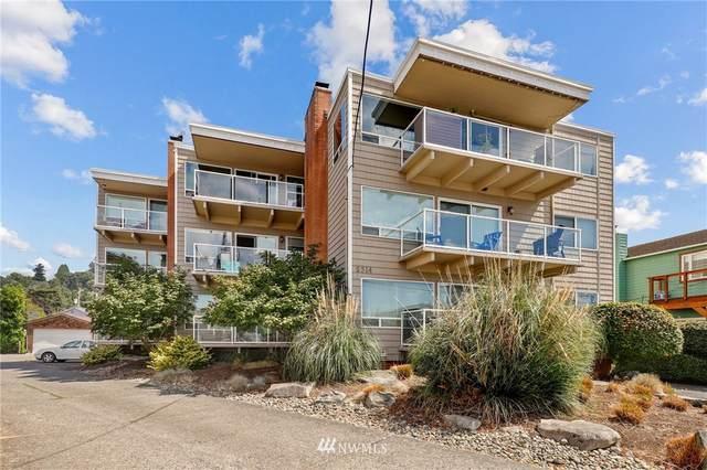 2514 57th Avenue SW #203, Seattle, WA 98116 (#1821575) :: Simmi Real Estate