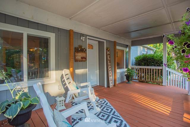 15100 NW Seaview Drive, Seabeck, WA 98380 (#1822262) :: The Snow Group