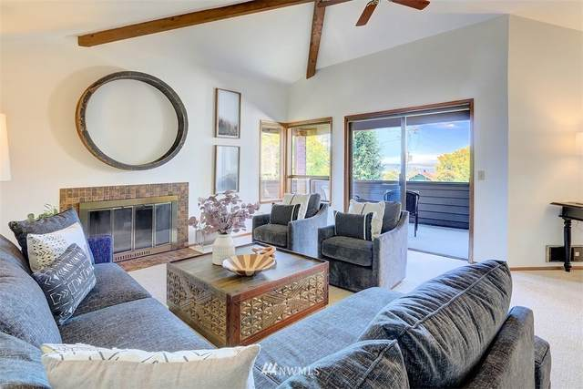 2020 NW 195th Street #301, Shoreline, WA 98177 (#1822347) :: Ben Kinney Real Estate Team