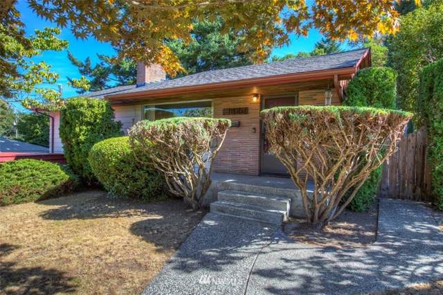 3020 SW 115th Street, Seattle, WA 98146 (#1823378) :: The Snow Group