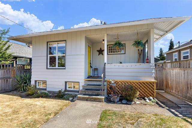 3420 39th Avenue SW, Seattle, WA 98116 (#1823661) :: The Snow Group