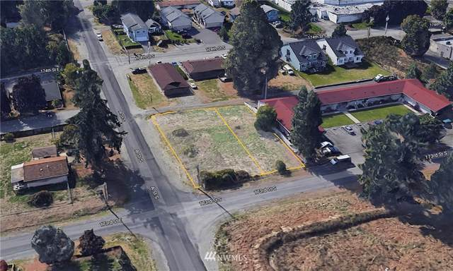 17302 A Street S, Spanaway, WA 98387 (#1825072) :: Pacific Partners @ Greene Realty