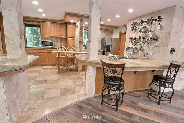 18808 47th Avenue NE, Lake Forest Park, WA 98155 (#1825558) :: Pickett Street Properties