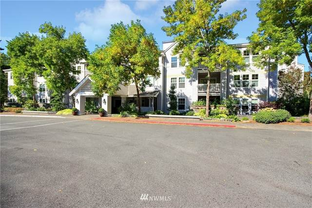 3941 226th Place SE #305, Issaquah, WA 98029 (#1826386) :: Pacific Partners @ Greene Realty