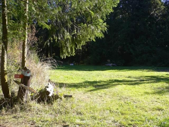 314 Merry Road, Nordland, WA 98358 (#1826656) :: Pacific Partners @ Greene Realty