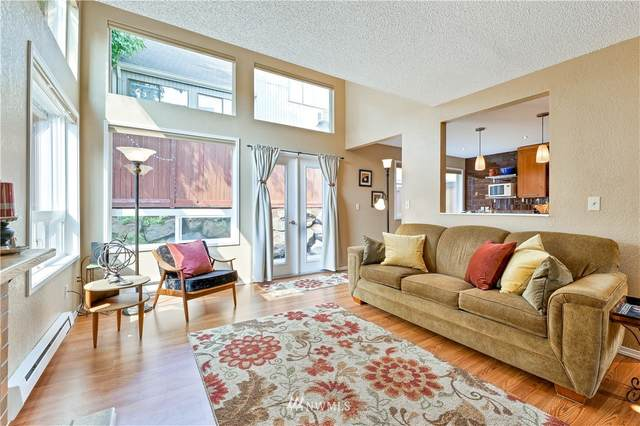 8425 25th Avenue SW C, Seattle, WA 98106 (#1827210) :: The Snow Group