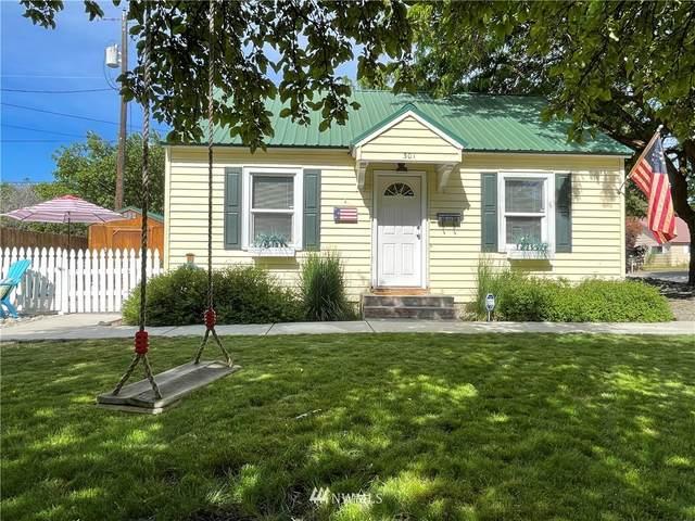 301 S Sampson Street, Ellensburg, WA 98926 (MLS #1827323) :: Nick McLean Real Estate Group