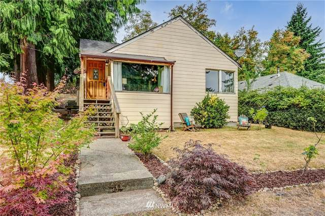 11057 10th Avenue SW, Seattle, WA 98146 (#1827540) :: The Snow Group