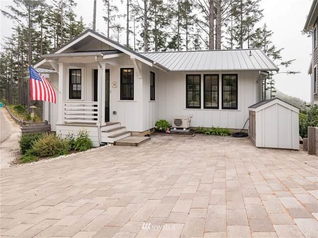46 Seaside Lane, Pacific Beach, WA 98571 (MLS #1827906) :: Reuben Bray Homes