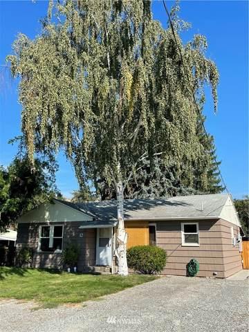 12 W Grape Avenue, Omak, WA 98841 (MLS #1828118) :: Nick McLean Real Estate Group
