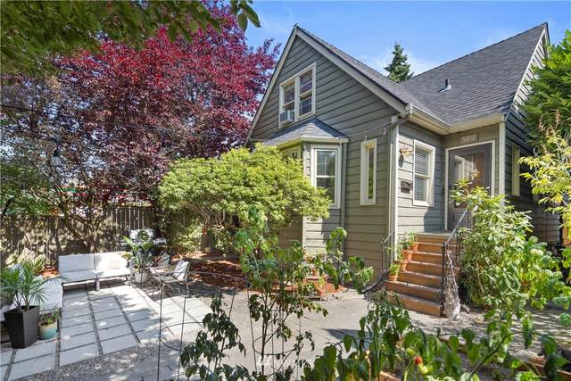9218 35th Avenue SW, Seattle, WA 98126 (#1828248) :: The Snow Group