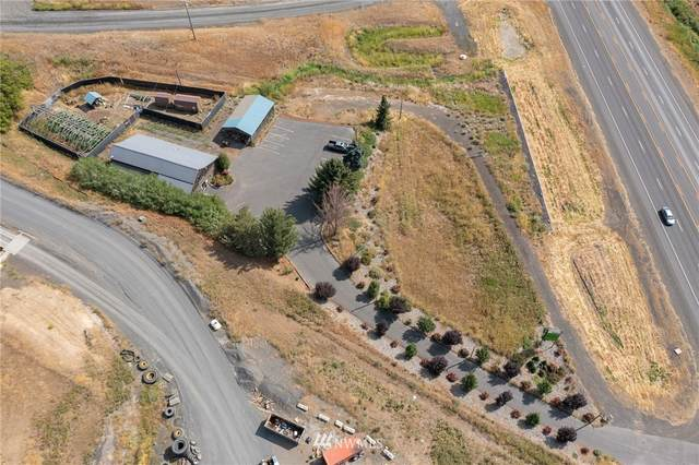 5602 State Route 270, Pullman, WA 99163 (#1828315) :: The Snow Group