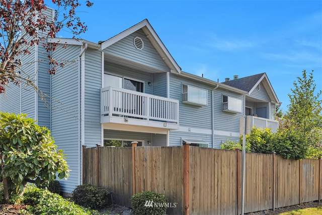 10809 SE 172nd Street 1-D, Renton, WA 98055 (#1828357) :: Pacific Partners @ Greene Realty