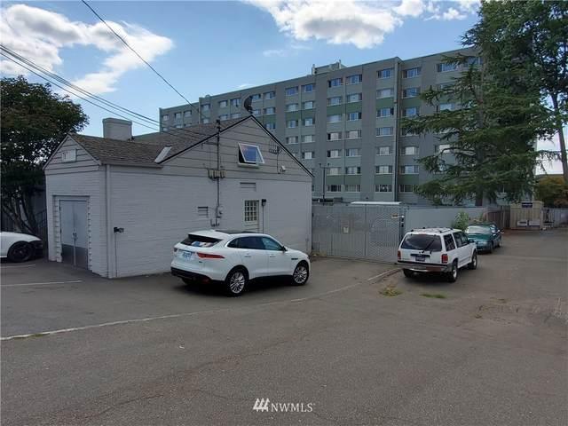 11049 8th Avenue NE, Seattle, WA 98125 (#1828417) :: Pickett Street Properties