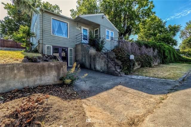 1038 College Street, Milton-Freewater, OR 97862 (#1829085) :: The Snow Group