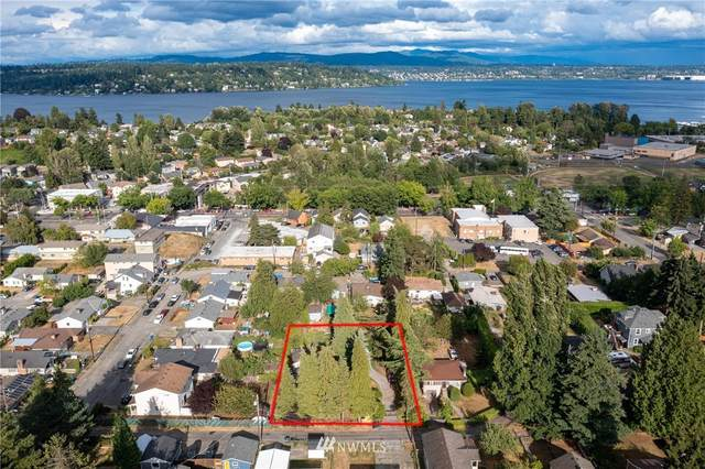 8414 48th Avenue S, Seattle, WA 98118 (#1829130) :: Better Properties Real Estate