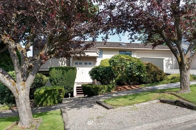 9818 41st Avenue NE, Seattle, WA 98115 (#1829513) :: Stan Giske