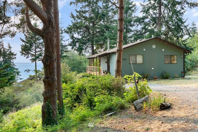 2012 Forgette Lane, Coupeville, WA 98239 (#1829556) :: The Kendra Todd Group at Keller Williams