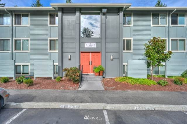 4707 W Lake Sammamish Parkway SE D104, Issaquah, WA 98027 (#1829824) :: The Snow Group