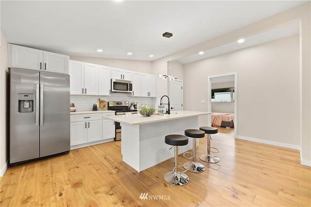 12241 56th Place S, Seattle, WA 98178 (#1829925) :: The Snow Group